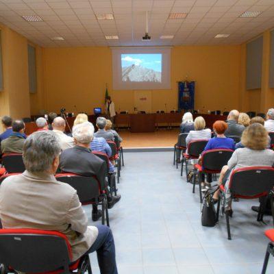 il pubblico nella Sala Consiliare
