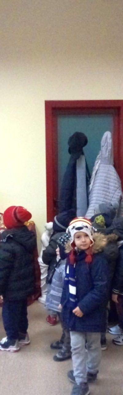 Giovani visitatori alla Mostra