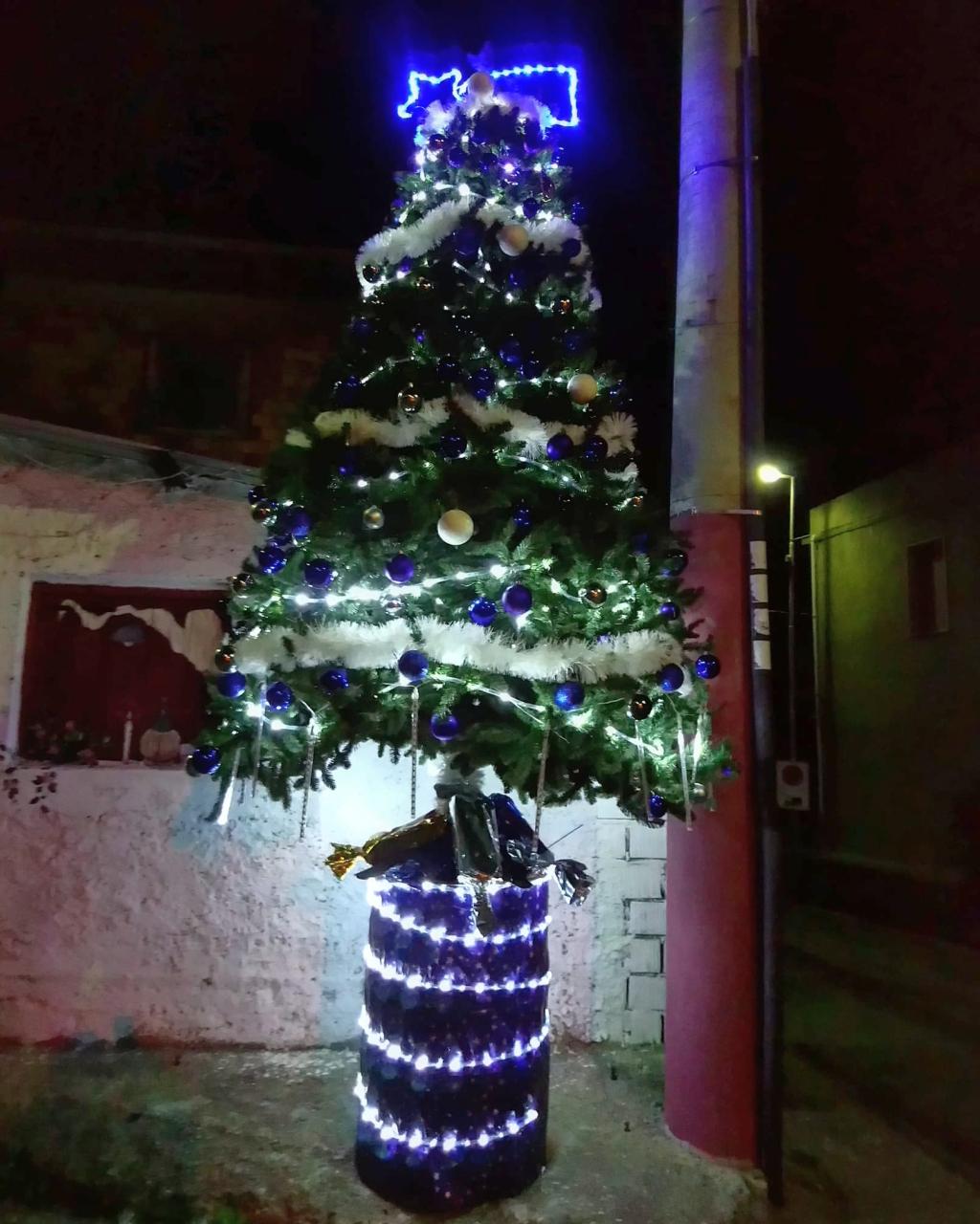 albero di Natale a Campoli (Reggio Calabria)  - foto di Pasquale Campolo